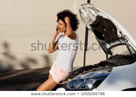 Femme voiture moteur problèmes appelant réparation Photo stock © Kzenon