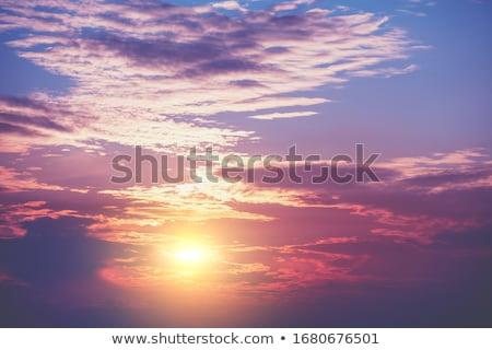 belle · couleurs · coucher · du · soleil · nuages · ciel · résumé - photo stock © vapi