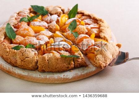 sárgabarack · gyümölcs · egész · fél · levél · izolált - stock fotó © agfoto