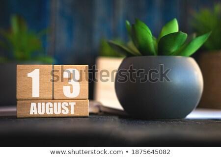 Kockák naptár augusztus piros fehér ikon Stock fotó © Oakozhan