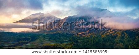 Wulkan połowów łodzi lasu krajobraz górskich Zdjęcia stock © joyr