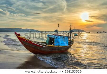 рыбалки ждет углу док воды рыбы Сток-фото © yanukit
