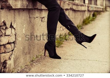 femenino · arranque · negro · blanco · fondo · moda - foto stock © gemenacom