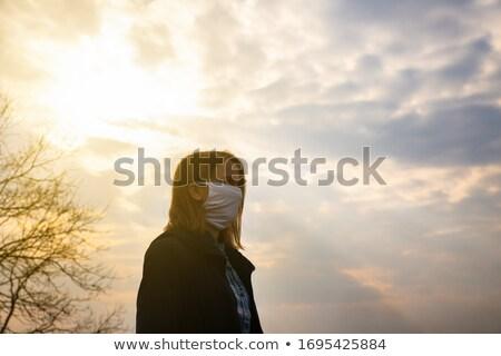 Vrouw bezorgd opwarming van de aarde brand wereldbol toekomst Stockfoto © photography33