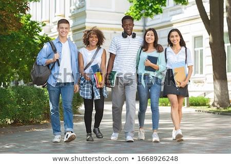 uśmiechnięty · młodych · kampus · krótki - zdjęcia stock © saswell