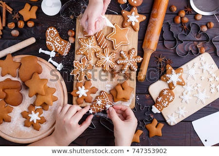 Foto stock: Dois · delicioso · natal · bolinhos · forma · doce