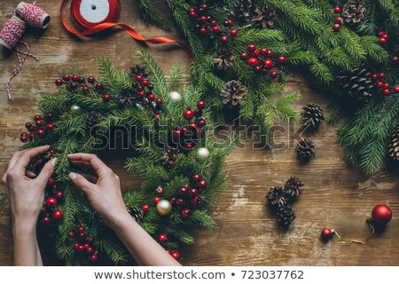 Foto stock: Vista · florista · manos · Navidad · corona