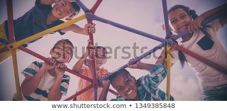 Crianças jogar escalada cúpula ilustração feliz Foto stock © colematt