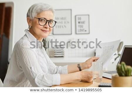 fiatal · elegáns · női · főnök · komoly · alkalmazott - stock fotó © photography33