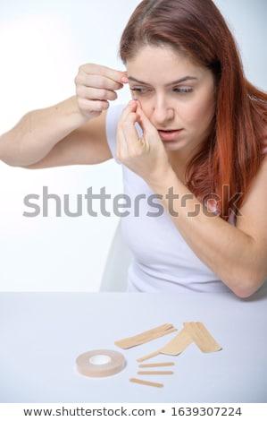 Gyönyörű kozmetikai nő bürokrácia szemek tiszta Stock fotó © lunamarina