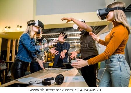 virtual · realidad · trabajo · establecer · mujeres - foto stock © toyotoyo