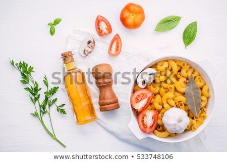 Afiş İtalyan makarna spagetti ev yapımı fesleğen Stok fotoğraf © Illia