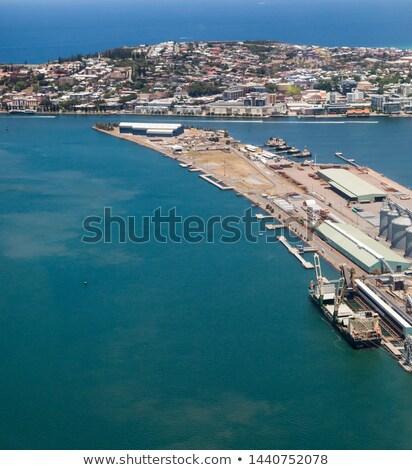 Szén Newcastle Ausztrália nagy hordoz hajó Stock fotó © jeayesy