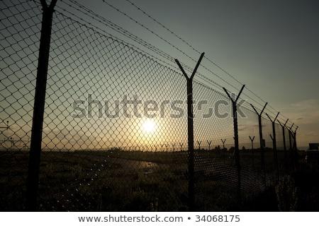 açık · zincir · bağlantı · çit · gökyüzü · Metal - stok fotoğraf © latent