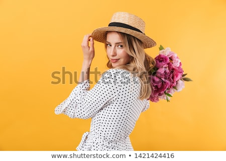 женщину · соломенной · шляпе · улыбающаяся · женщина · улыбаясь - Сток-фото © -baks-