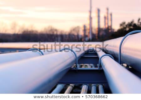 Alto tubo amarelo pressão guindaste engrenagem Foto stock © vrvalerian