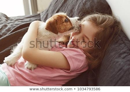 Cute meisje hond home voedsel gras Stockfoto © ElenaBatkova