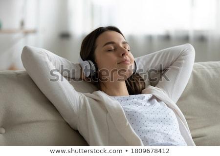 довольно женщины подростку свободное время популярный музыку Сток-фото © vkstudio