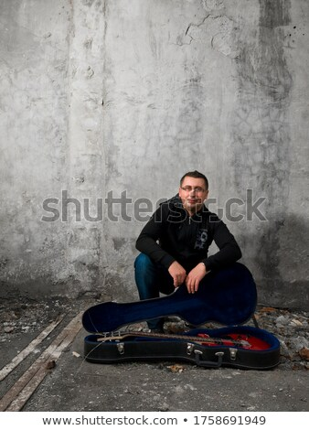 25 years old man crouching Stock photo © photography33