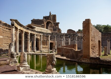 Antigua ruinas Villa viaje arquitectura estatua Foto stock © vladacanon
