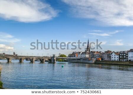 реке · мнение · Церкви · город · путешествия · зданий - Сток-фото © borisb17