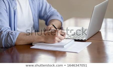 Centrado gente de negocios toma abajo importante notas Foto stock © wavebreak_media