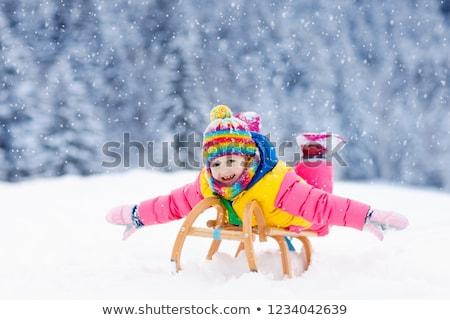 女の子 · そり · 少女 · 子 · 雪 · 帽子 - ストックフォト © dolgachov
