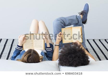 Nina piso libros lectura bastante sonriendo Foto stock © lichtmeister