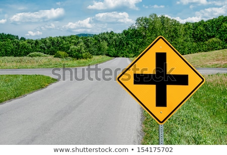 Kruispunt vooruit verkeersbord waarschuwing hemel teken Stockfoto © latent