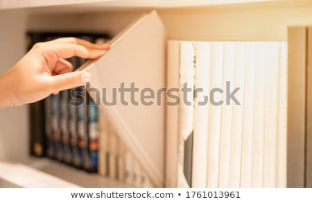 Półka na książki strony line identyczny niebieski czerwony Zdjęcia stock © russwitherington