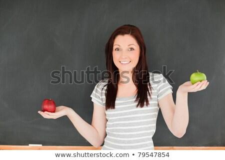 mooie · jonge · vrouw · appel · Blackboard · klas - stockfoto © wavebreak_media
