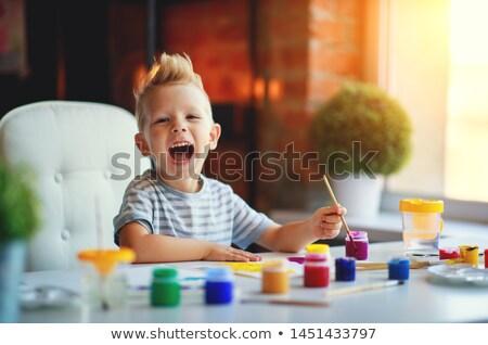 Criança menino paint brush pintar ilustração sorridente Foto stock © lenm