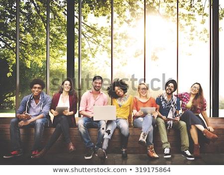 groepen · gelukkig · college · studenten · outdoor · vrouw - stockfoto © Minervastock