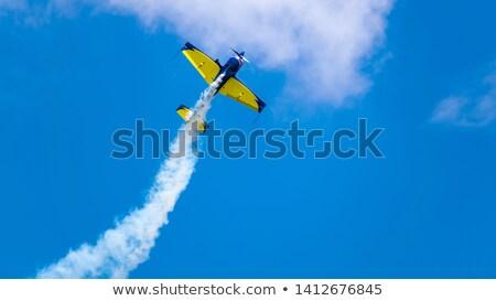 アクロバティック 飛行 機 グループ 煙 トレース ストックフォト © simply
