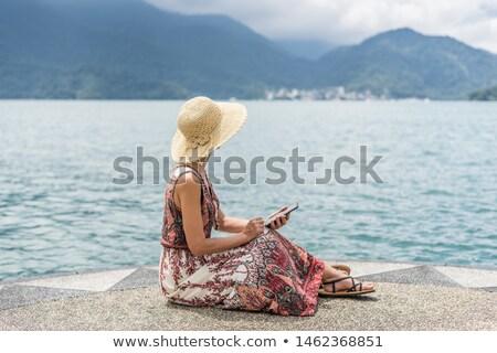 Foto stock: Mulher · sessão · barco · lago · natureza · saúde