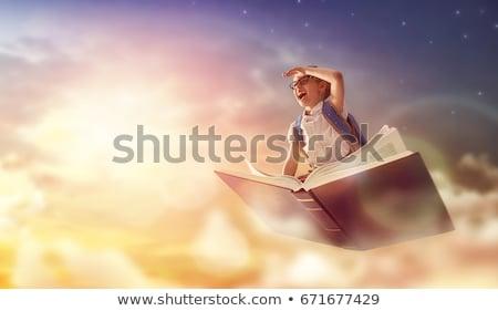 Сток-фото: Снова · в · школу · школьников · чтение · книгах · плакат · набор