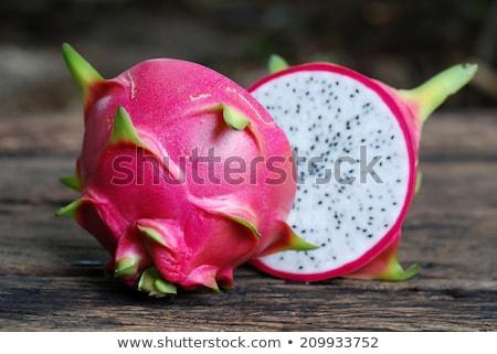 Saine dragon fruits vieux bois alimentaire Photo stock © galitskaya