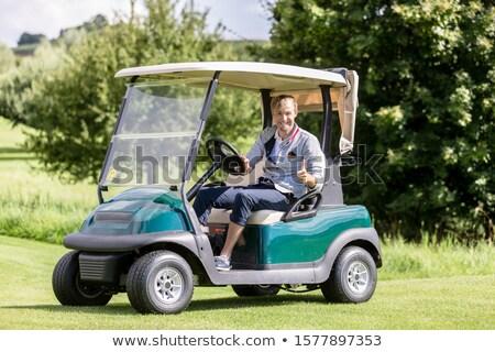 男性 ゴルファー ゴルフ カート にログイン ストックフォト © Kzenon