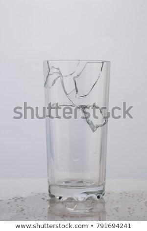 rachado · copo · de · vinho · queda · céu · abstrato · fundo - foto stock © Sniperz