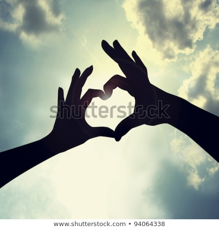 Amor forma mão silhueta céu abstrato Foto stock © oly5