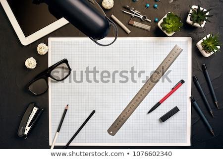 Zdjęcia stock: Architektury · biuro · tabeli · narzędzia · klucze · kobieta