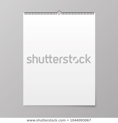 Pusta strona wiszący ściany kalendarza pisać własny Zdjęcia stock © iqoncept