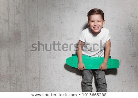 Andar de skate óculos de sol moda esportes verão Foto stock © fotoedu