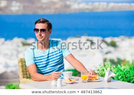 человека завтрак терраса бизнеса компьютер технологий Сток-фото © galitskaya