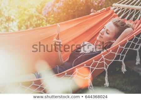 kadın · alışveriş · çevrimiçi · cep · telefonu · uygulaması - stok fotoğraf © andreypopov