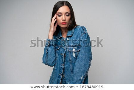 Atraente mulher jovem lábios vermelhos em pé posando Foto stock © deandrobot