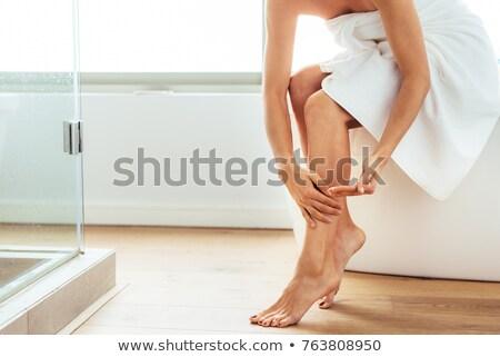 Stockfoto: Mooie · jonge · vrouw · vergadering · badkamer · ochtend · portret