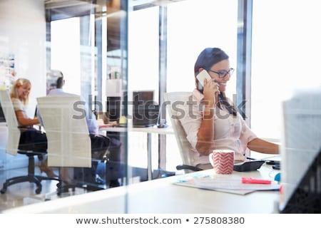 modieus · jonge · vrouw · luisteren · oproep · mobiele · telefoon · peinzend - stockfoto © juniart