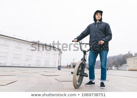 Сток-фото: мальчика · велосипед · центральный · изображение · подготовки