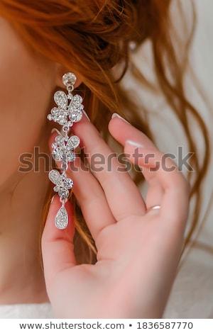 gyönyörű · menyasszony · tart · nyaklánc · kezek · esküvő - stock fotó © ruslanshramko